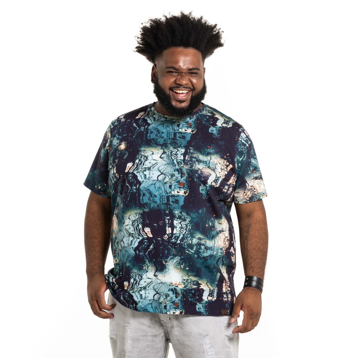 Camiseta Plus Size Masculina Abstract