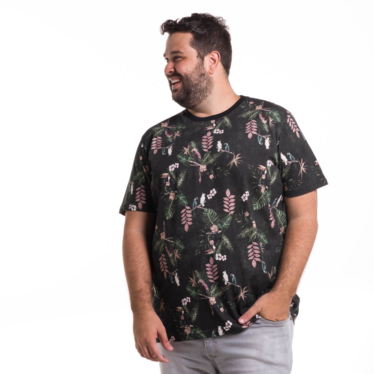 Camiseta Plus Size Masculina Floresta Tropical