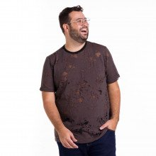 Camiseta Plus Size Masculina Destroyed