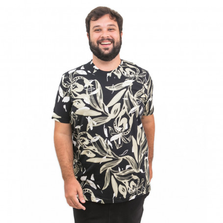 Camiseta Plus Size Masculina Golden Foliage
